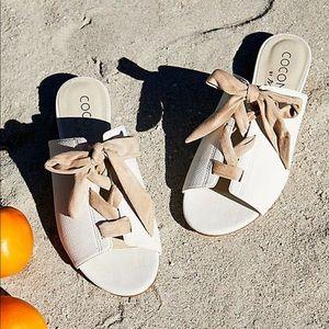 Matisse Vegan Santorini Sandals Mules Ivory